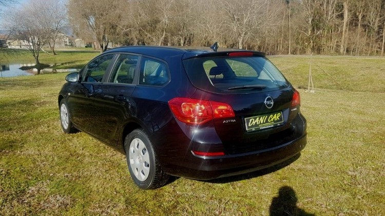 Opel Astra Sports Tourer J 1.3 Cdti Selection S/S